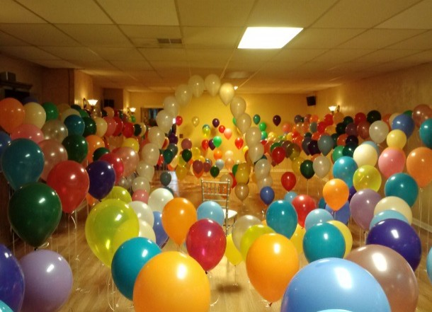 Balloon filled room
