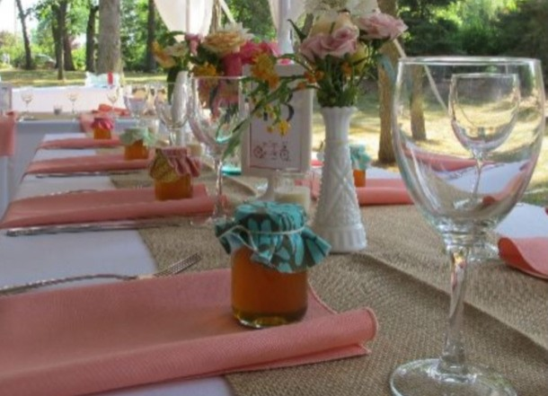 peach-table-setting